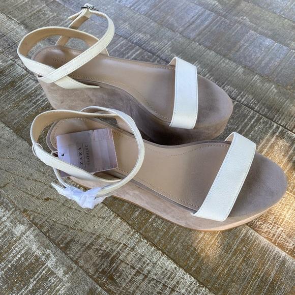ZARA Flatform. Sandals. NWT. Womens US 7 1/2
